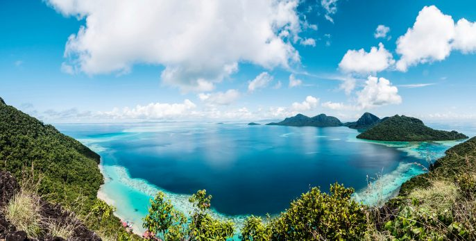 Corals reef and islands seen from the peak of Bohey Dulang Islan