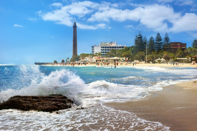 Seascape with lighthouse and Maspalomas beach. Gran Canaria, Canary Islands, Spain_shutterstock_304916834