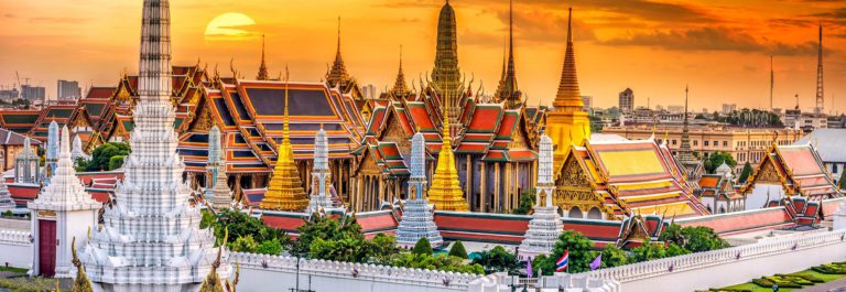 Grand palace and Wat phra keaw at sunset bangkok, Thailand shutterstock_367503629-2