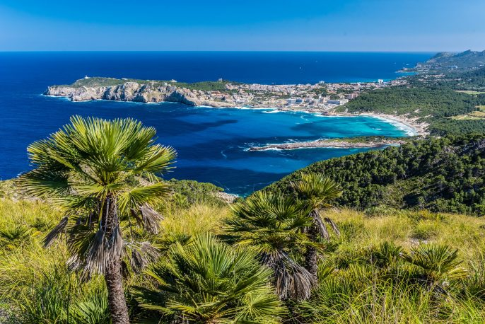 Cala Agulla and beautiful coast at Cala Ratjada of Mallorca, Spain shutterstock_432078658-2 – Copy