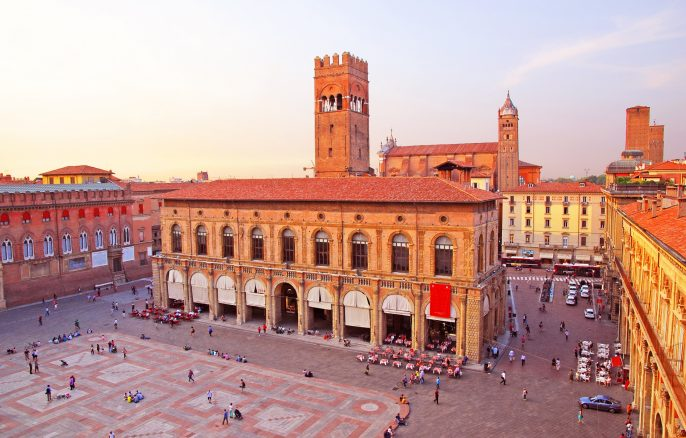 Italy, Bologna main square and King Enzo palace shutterstock_120881242