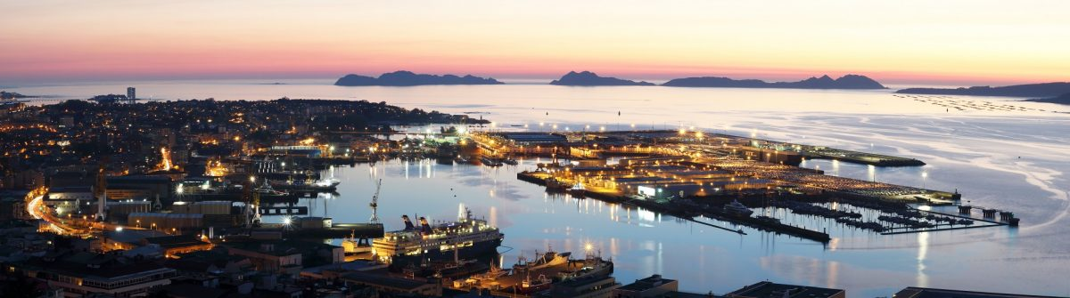 panoramic of the port of Vigo city the largest city of Galicia, Spain at sunse_624736670