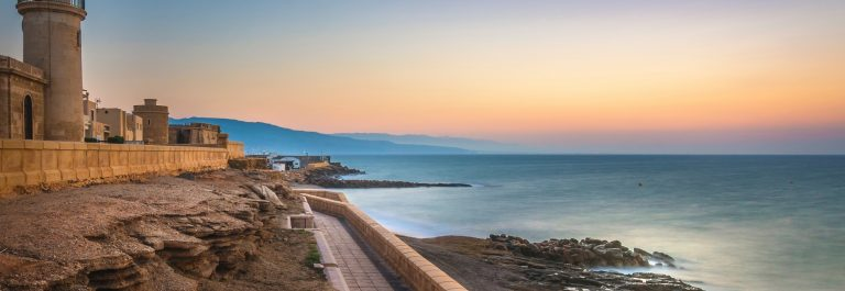 Beautiful-sunrise-in-Roquetas-de-Mar-in-Almeria-Bilder-shutterstock_1157090509