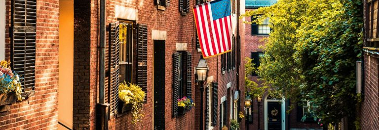 Historic-Acorn-Street-at-Boston-iStock-585795736-2