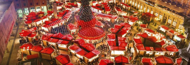 Cologne-Cathedral-Christmas-Market-shutterstock_740112337