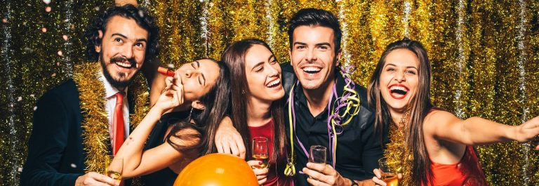 New-year-party-iStock_78796763_XLARGE-2_1920x1280