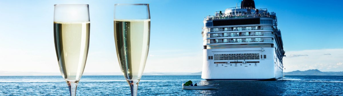 champaign-Glasses-and-cruise-ship-shutterstock_162213275-2