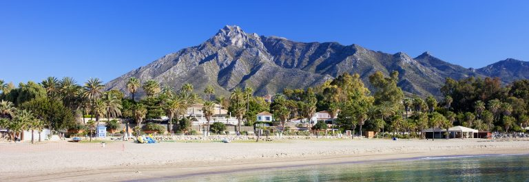 Marbella-sandy-beach-summer-holiday-scenery-by-the-Mediterranean-Sea-in-Spain-Andalusia-region-Costa-del-Sol-Malaga-province_1920