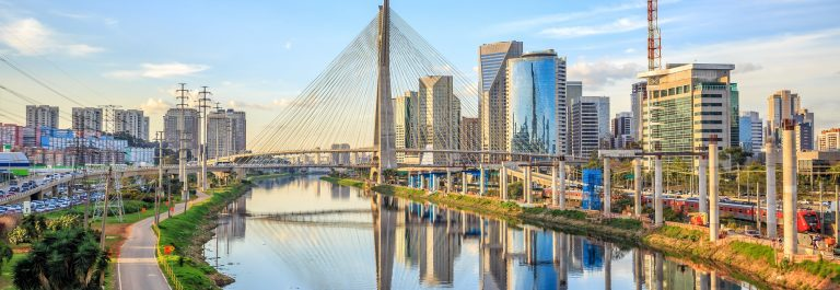 copy-Octavio-Frias-de-Oliveira-Bridge-in-Sao-Paulo-Brazil-South-America_shutterstock_302487110