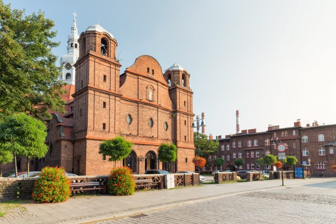 Katowice-Nikiszowiec-Traditional-old-buildings-of-the-mining-district-of-Silesia-shutterstock_1141403765