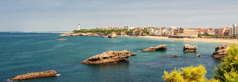 Biarritz-Beach-Lighthouse-France-Atlantic-Coast-Basque-Country-Nouvelle-Aquitaine_612030248