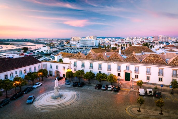 Beautiful-sunset-view-over-Faro-town-in-Portugal-shutterstock_547582981-2