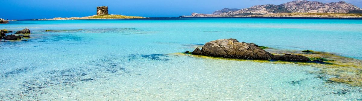Beautiful-coast-of-sardinia-La-Pelosa-Stintino-iStock_47314542_XLARGE-2