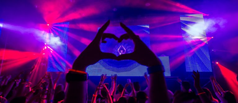 party_laser_concert_lilac_heart_lila_herz_252408271