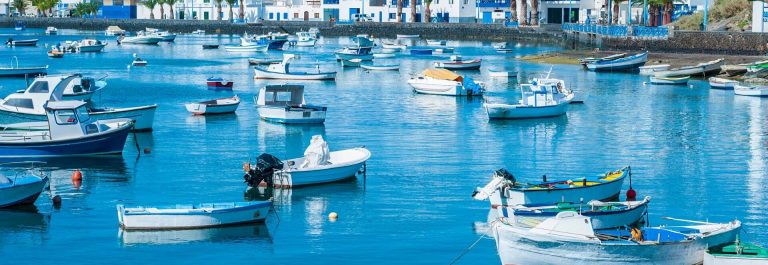 Lanzarote-Boat-iStock_000022961222_Large-2_192x1280