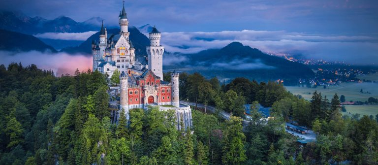 Neuschwanstein-Castle-Germany-shutterstock_305679272-2