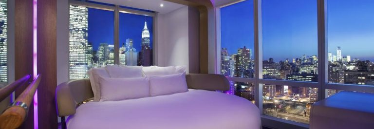 HG_ES_BOOK_YOTEL-New-York-Times-Square-2