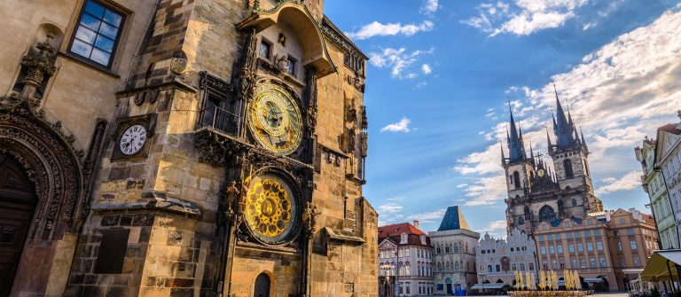 Prague-clockshutterstock_574157122small