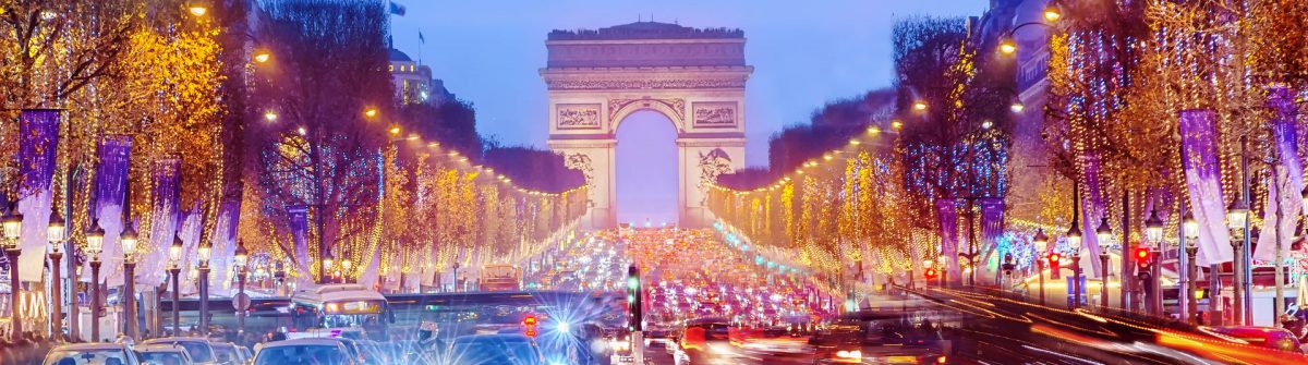 Weihnachten-Paris-Silvester_Arch-of-Triumph-and-Champs-Elysees-in-Paris-at-night-France_shutterstock_568640155_1920
