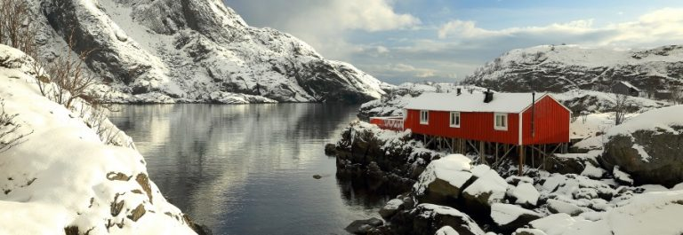 Norwegen-im-Winter_shutterstock_388653505_900x600