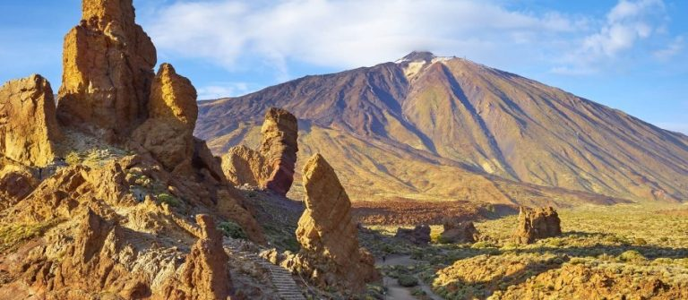 Teide-National-Park-Tenerife-Canary-Islands-Spain-shutterstock_296090732_900x600