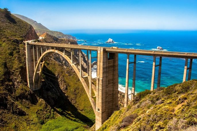 Bixby-Bridge-Highway-1-Big-Sur-California-USA_iStock-637230818_900x600