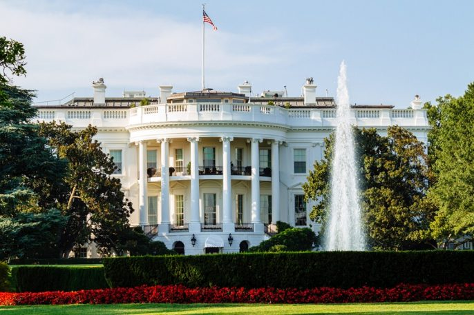 The-White-House-South-Lawn-view-Washington-DC_shutterstock_213692752_900x600