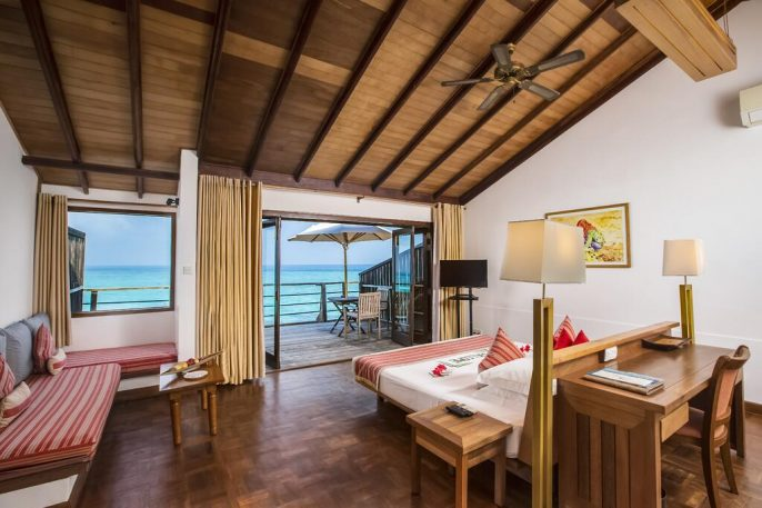 HG_ES_BOOK_Reethi-Beach-Resort